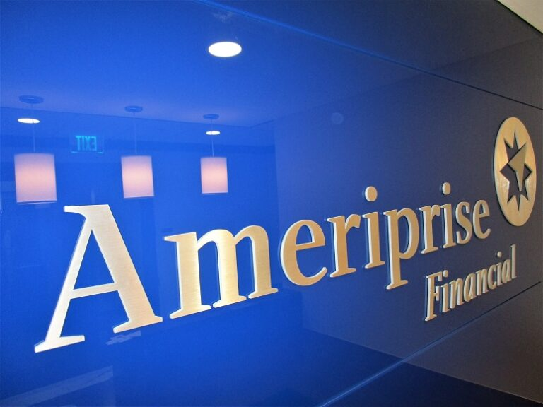 Lobby Sign - Ameriprise